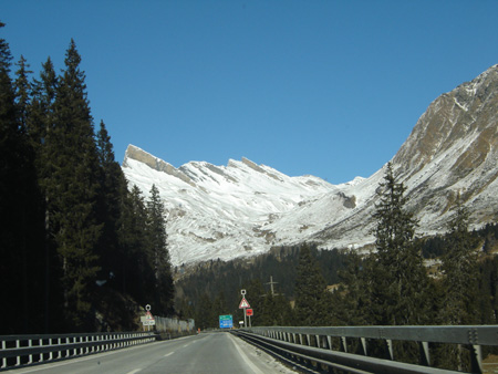 alpes-route.jpg